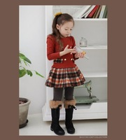 2014 new spring lattice princess skirt female children. The baby girl dress