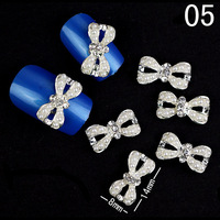 100Pcs Glitters Alloy Rhinestones Crystal Bow Pearl Nail Art Decorations Tips 3D DIY Decoration