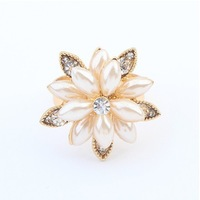 Designer Retro Exquisite Fashion Snow Lotus Flower Ring Imitation Pearl Rhinestone Ring 2014 New Designer Jewelry For Women