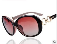 10pcs/lot, wholesale women gradual change polarized fashion classic 2014 new sunglasses,free shipping