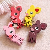 Wholesale 100 patterns free choose Wool badge child safety pin cartoon brooch corsage cartoon deer brooch 4