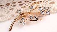 rhinestone brooch pin ,gold plating flower booch pin ,crystal brooch , item LX-1069