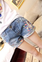 2014 New Women Slim Washed Jeans Shorts Summer Paint Hole Curling Vintage Ladies Female Denim Shorts Thin Hot Pants