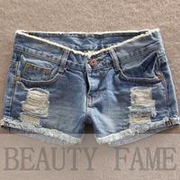 2014 new Korean version of the Plus size hole denim shorts were thin edges loose shorts female summer