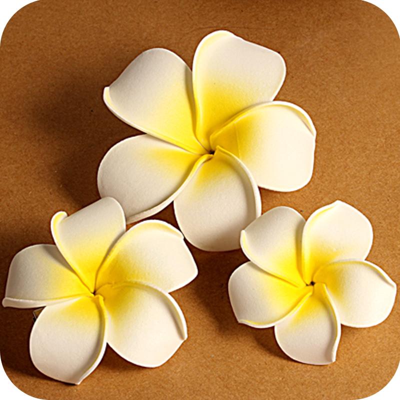 Заколка гавайский цветок