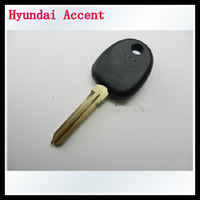Free shipping for 10pcs/lot Hyundai accent transponder key shell (can install chip) with right blade 0401221