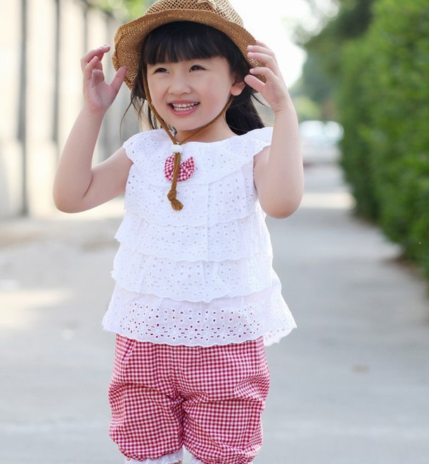 2014 New Summer Lace Kid Girl Clothes Set T Shirt And Lattice shorts Pants Children Clothing Set s 2 Colors For Free Shipping(China (Mainland))
