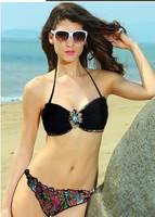 The new summer swimsuit relaxing spa beach sexy bikini Halter Split