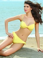 2014 Cotton Bowl split fold in Europe and America sexy yellow bikini small chest gather