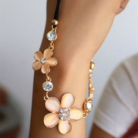 Fresh Romantic Korean Style Women Accessories Rhinestone Opal Five Petals Flowers Hide Rope Chain Pendant Necklace Free Shipping