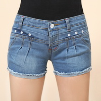 2014 New fashion Women Rivets Short Jeans pants Dropshopping female vintage Light Blue Large Size pleated twill Hot Denim Shorts