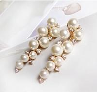 Free Shipping!2013 Fashion Elegant Grape Bunch Pearl Rhinestone Vintage Earrings