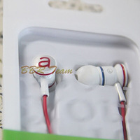 New Arrival 2014 the Most popular style in-earphone good bass earphone  free shipping