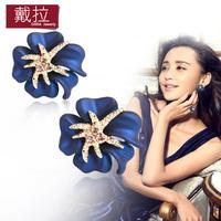 2014 New Fashion 18K Gold Plated Flower Crystal Stud Earrings Flower Rhinestone Earrings for Women Ladies Girls TE196
