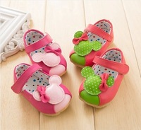 1 pair free shipping baby floor shoes oddler shoes Leatherwear and Furs shoes slip-resistant soft warm