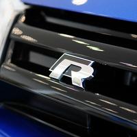 2 Colors 3D Mental R/Rline Car Badge Emblem for volkswagen VW Beetle polo golf CC Touareg Tiguan Passat Scirocco sticker