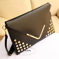 New arrive women clutch vintage rivets envelope bag fashion one shoulder bag women's day clutch bag