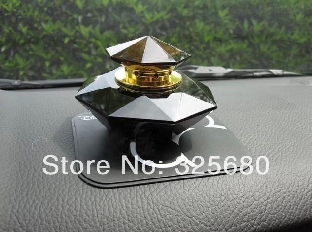 Wholesale / the Cartoon Picture / Car Anti-slip Mat / Superacid Magic / the Stick Figure Cartoon Series/Auto Accessories(China (Mainland))