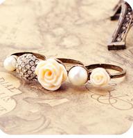A089 vintage diamond rose pearl flower ring yarn