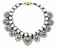 Beaded choker necklace flower crystal necklace bib statement necklace new design for women length 45cm high quality