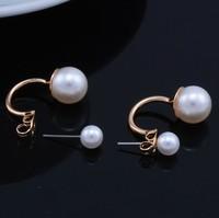 2014 New Wholesale Fashion Simulated Pearl Hook Shape Stud Earrings for Women Jewelry