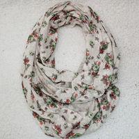Free shipping new Europe fashion style spring autumn neckerchief scarf Ring white green flower scarves Undershirt cloth women