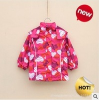 Retail wind and rain in spring and autumn girls trench coat jacket small mouse free shipping