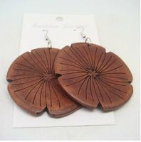Free shipping(minimum order is $15) New arrival fashion elegant women wooden flower earrings