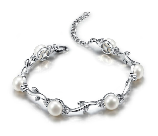 Elegant Spring bud solid fine silver natural freshwater pearl bracelets gold plated pureness and freshness Healthy leaf bangles(China (Mainland))