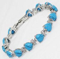 Charming   turquoise  Jade Heart link Bracele