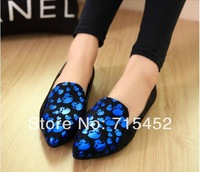new 2014 Women's single shoes.British wind skulls fashion casual shoes.Prevent slippery wear-resisting flat shoes free shipping