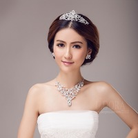 White Gold Plated Tiara With Stud Earrings And Chunky Necklace Jewelry Set