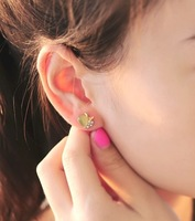 2014 New Fashion Jewelry women Stud Earrings European and American style Mosaic Apple pattern Wholesale 2 color