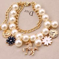 Free shipping!! New arrive 2014 Fashion vintage trojan petals head portrait mix match pearl multi-layer bracelet female bangles