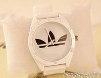 2014 HOT Brand 3 Leaf Grass Fashion Sport Men WoMen Watch Clock Quartz Army Silicone Bracelet Wrist Watches Free Shipping