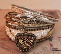 2014 New fashion jewelry pearl & alloy Mashup Style Bracelet leopard heart-shaped multi-layered bangles