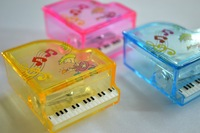 2014 fashion The new factory wholesale custom Plastic musical notes piano music stationery Pencil Sharpener