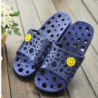 men Summer lovers smiling face slippers Hollow out more slippery bathroom slippers sandals household