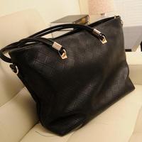 2014 spring new retro mother Handbags Quilted Shoulder Messenger bag big bag casual handbag black