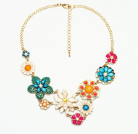 2014 New Bohemian Sweet Flower Choker Necklace Fashion Gem Beads Charms Jewelry Women Accessories Min Order is $10 can mix order