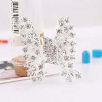 1423#Min.order is $10{ mix order }.Europe and the United States jewelry, fashion lovely Butterfly brooch.