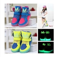 Super Cool New 2014 Fashion Basketball Running Children Boots Super Luminous Boys Girls Children Sports Shoes Kids Sneakers