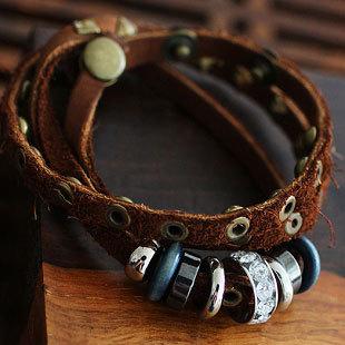 Couro pulseiras Criterium étnico mão de couro corda Bead charme wen Liga de cobre do punk rebite Pulseira & braceletes(China (Mainland))