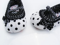 children's shoe white-black dot Baby Shoes White-black soft sole baby shoe Girls Warm 3 size to choose free&drop shipping