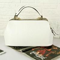 Women bag 2014 new European and American retro portable medical England tidal diamond OL commuter bag crocodile handbags