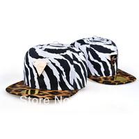 2014 Korean fashion baseball hat triangle mark Pippin brim hat bag mail and hip hop