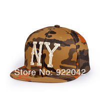 The new spring and summer baseball hat Korean camouflage flat brim letters hip hop cap and leisure cap