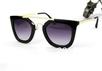 Wholesale and Retail new fashion summer sunglasses korea star 's favorite design beach travel accessories in beach 1pc