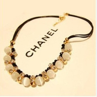 Korean female short paragraph clavicle European and American fashion retro exaggerated black opal necklace hair ornaments