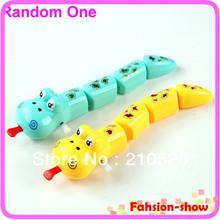 nuevos hijos e931 pieza de plástico divertido bebé niños tras un reloj en forma de serpiente parte juguetes envío gratis(China (Mainland))